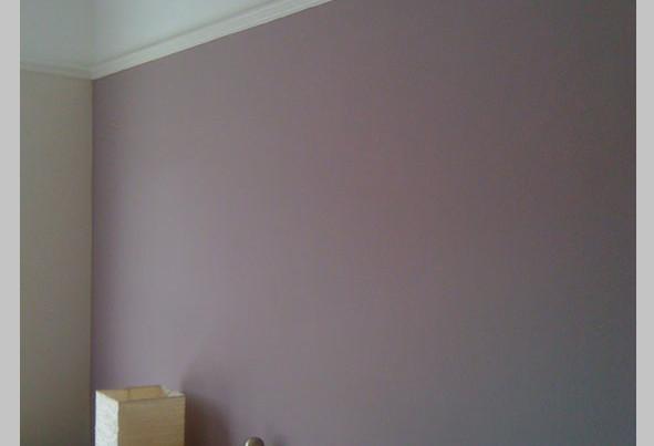 fioletowa-wall