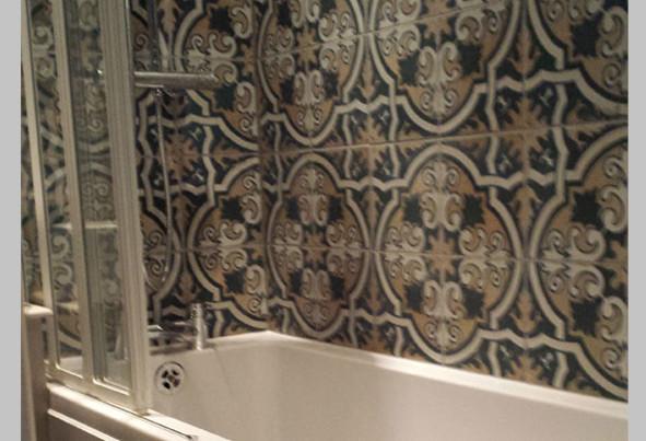 tiling-a-bathroom1